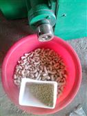 单螺杆膨化机猫饲料膨化_机 耐磨程度高