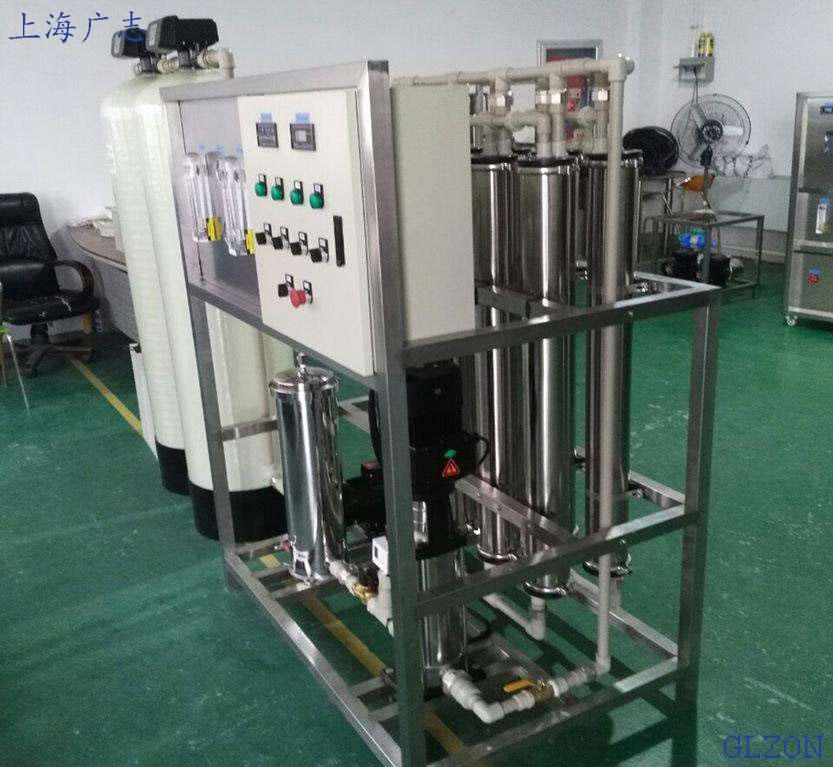 550毫升矿泉水自动灌装机